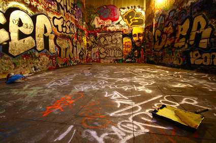 Trend graffiti wall Images