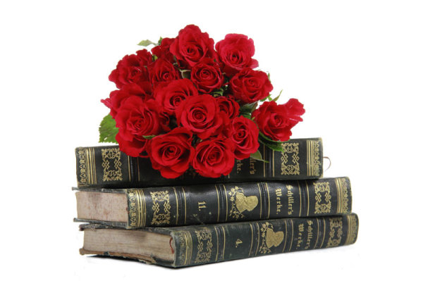 Old books and Roses 01   HD Images