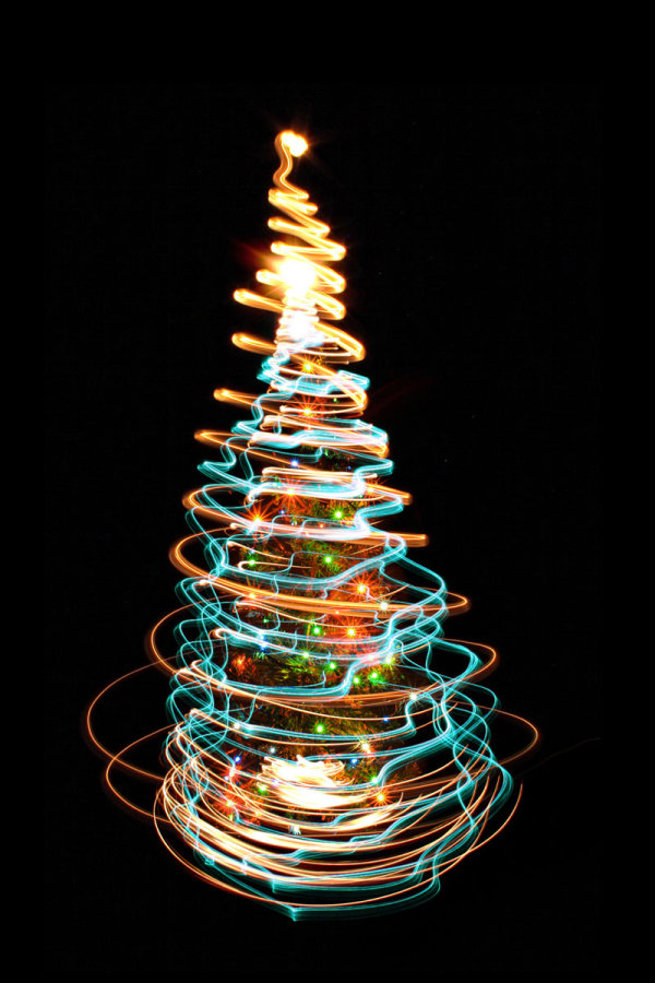 Bright halo Christmas tree 04   HQ Pictures